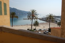 French Riviera > Menton > Contemporary Menton Balcony Apartment
