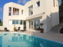 French Riviera > Nice > Nice Hills > Aspremont 4-Bed Hillside Villa
